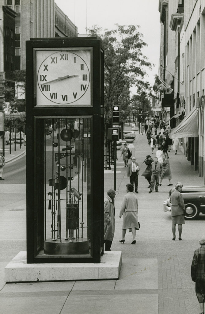 Black & white photo Sculpture Clock, 1960s, Nicollet Mall, Minneapolis, Minnesota. Jack Nelson